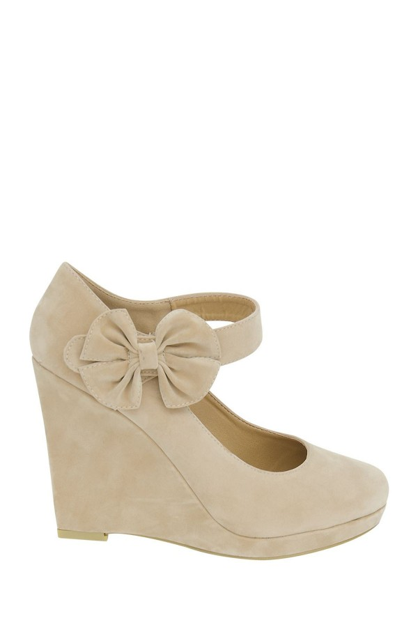 LADIES CREAM SUEDE  WEDGE SHOES 1